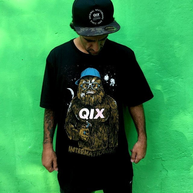 "@rodrigoleal ""Maizena"" já escolheu a sua camiseta pro rolê de hoje. Camiseta Cap - LOJAQIX.COM.BR #qix #qixskate #streetwear"