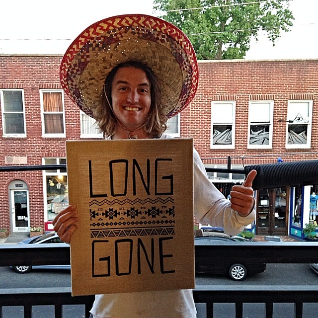 This dood is back from tahoe! What an excellent cinco de drinko surprise. #sendingit #sombrero #longgone #cincodedrinko #professionaloutsider slash pro dranker