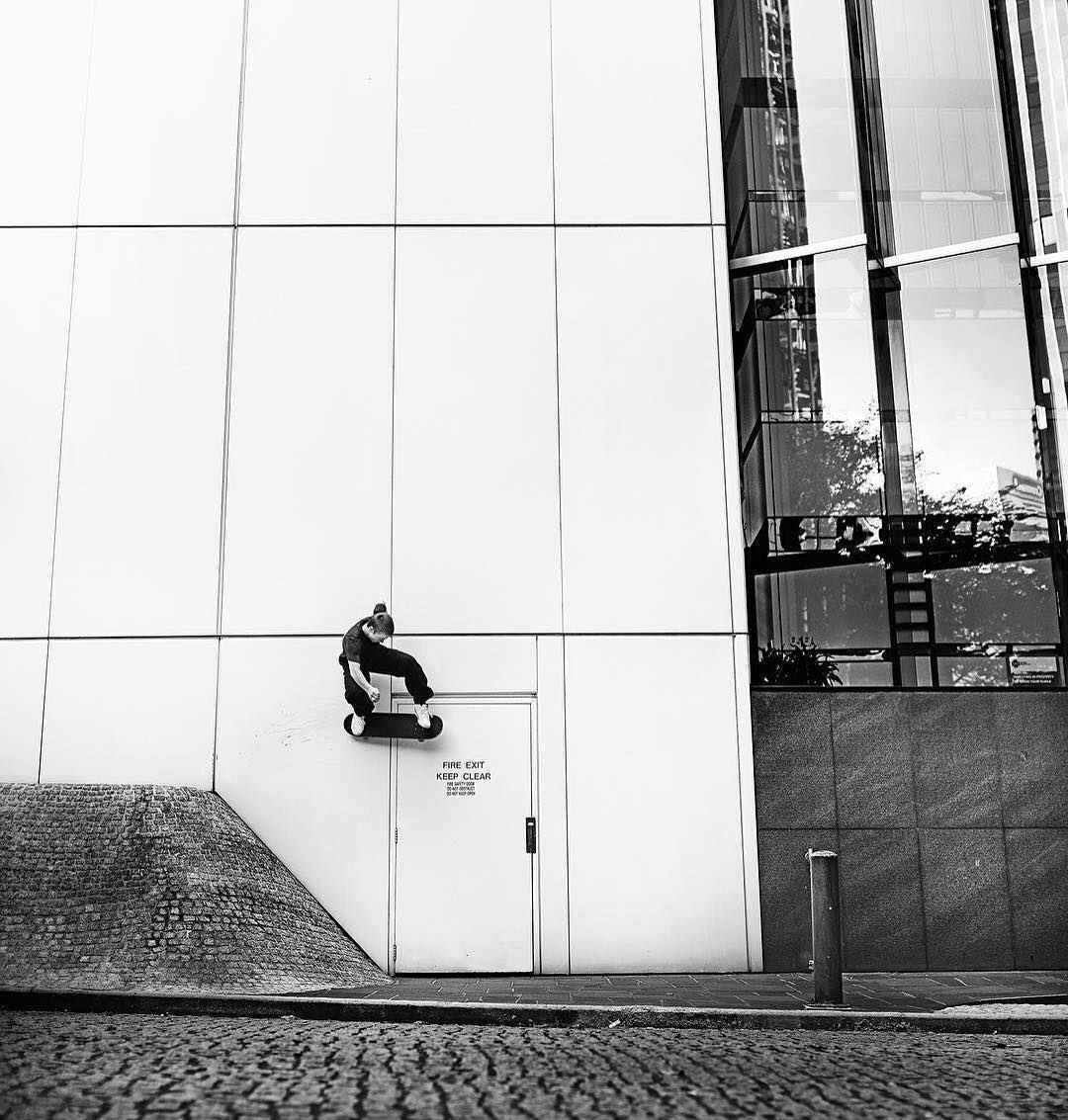 @tfunkb, wallride in Brisbane, Australia. Photo: @jakedarwen #TFunk #DCShoes