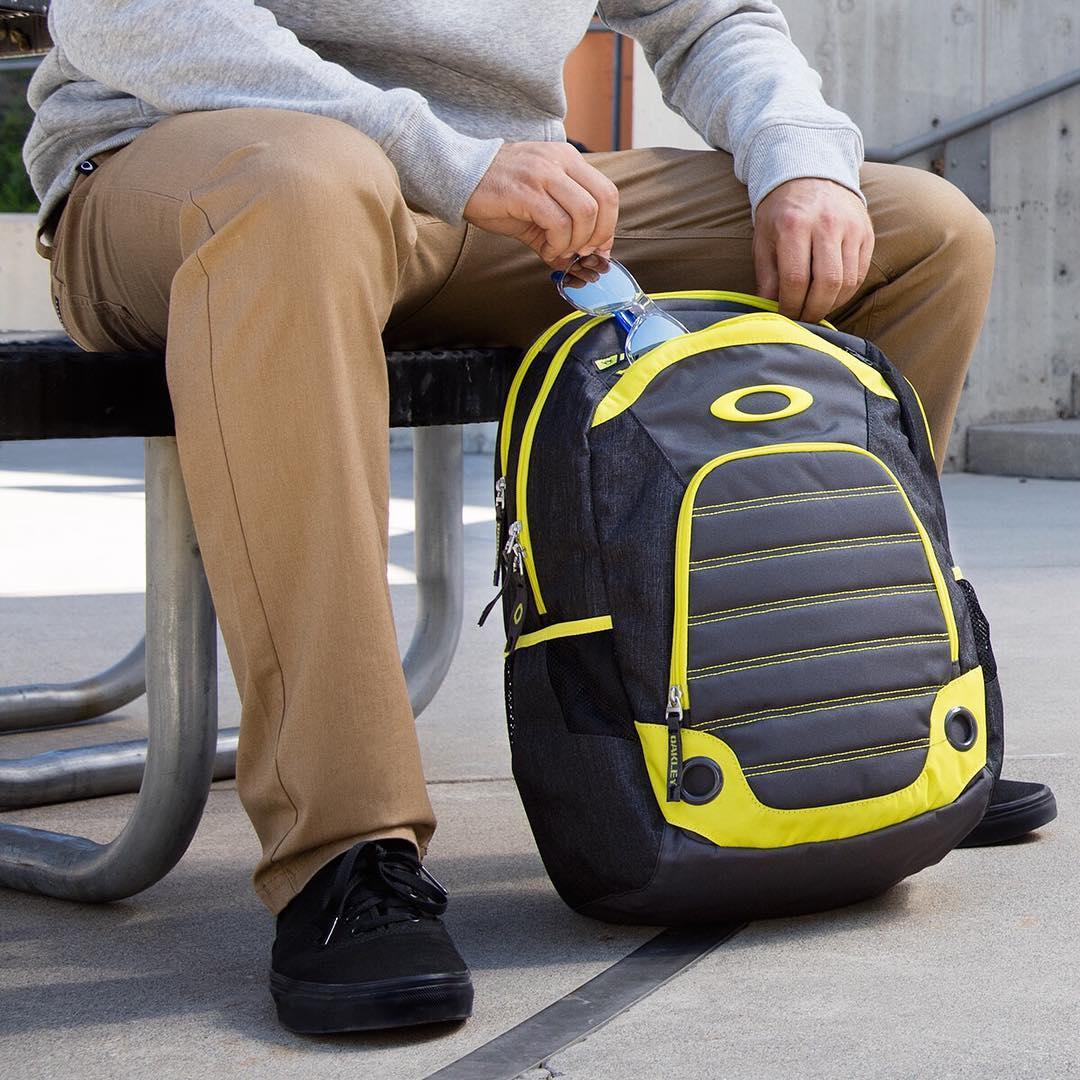 Leave nothing behind.  5-Speed Backpack + #OakleyCustom Frogskins