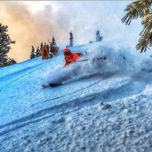 It's hard to believe this turn was made by @captainredfox one week ago, but with snow forecasted every day through next Saturday here in the #Wasatch it looks like there will be more powder turns to come! | PC: @dane3030 // #plantyoursoul #utah #lcc...