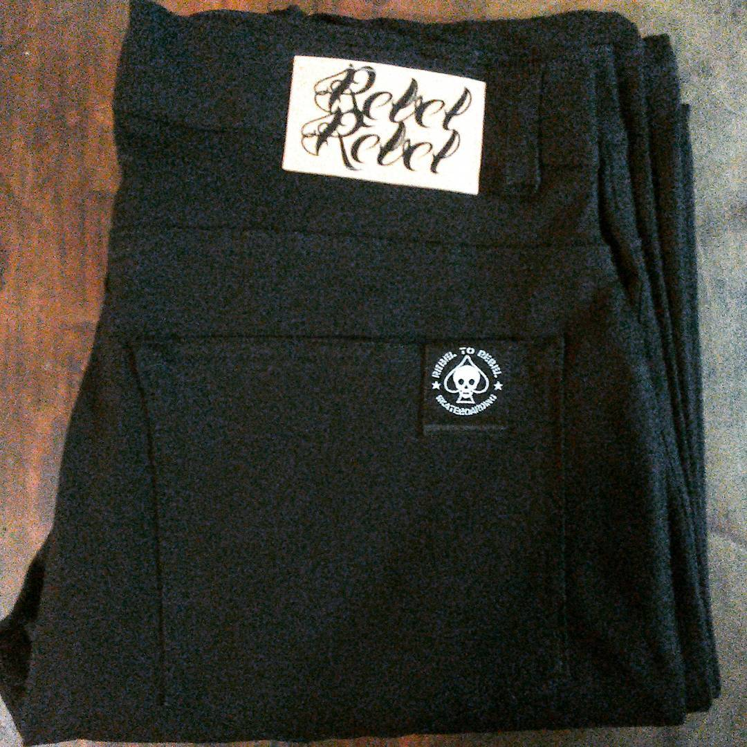 Pants chupines jean negro. talles del xs al xxl