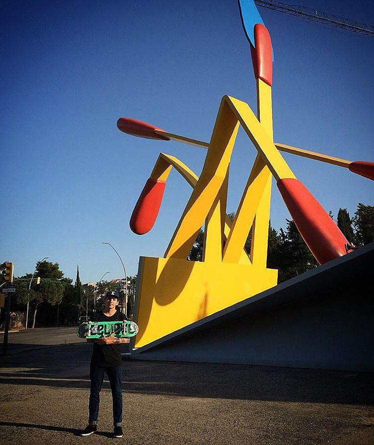 @miguecat representando #believeskateboards y #AriseTrucks en Barcelona