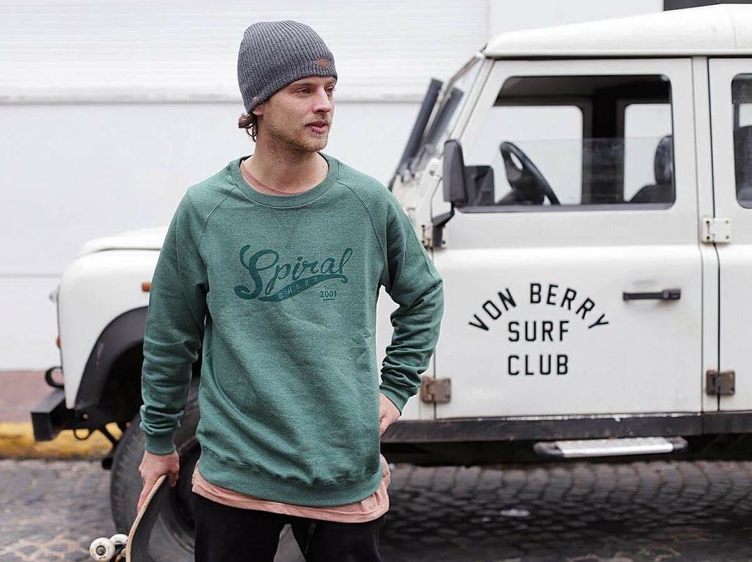 Spiral Spirit ➰ @agustinszyszko #TeamSpiral #Skateboarding #Surf #Surfclub #Skatestyle #Skateordie