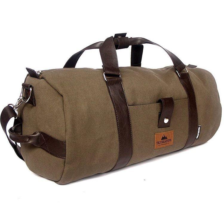 Nuevo bolso Duffle, ya disponible en nuestra tienda. ⛺ Link a la Bio
