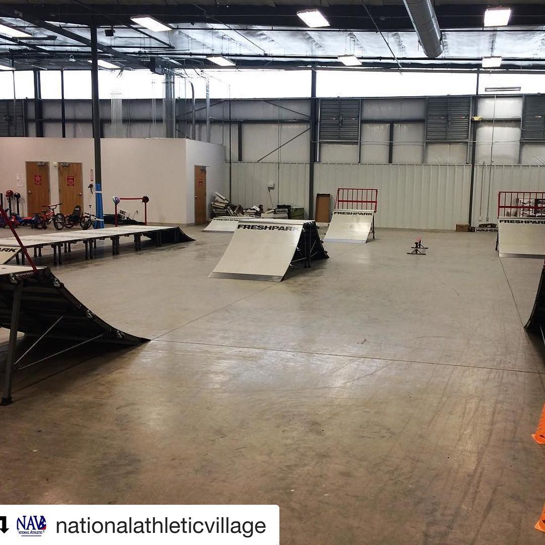#Repost @nationalathleticvillage Our ramps from #freshpark came and have been set up. This adds more of challenge for our bikers at #BeatTheHeat ! #biking #bmx #skating #skateboarding #parkour #NAV