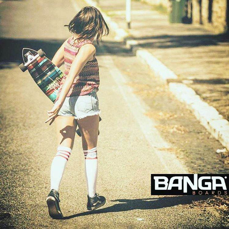 #ridewithus BANGA boards. . . . .#skate #skategirl #skating #longboard #longboardgirl #bodyboard #surf #surfgirl #surfing #urban #street #streetstyle #verde #green #argentina #brasil #chile #peru #venezuela #rad
