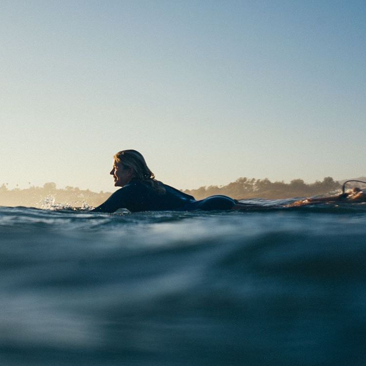 Dawn patrol with @rosyhodge #ROXYsurf