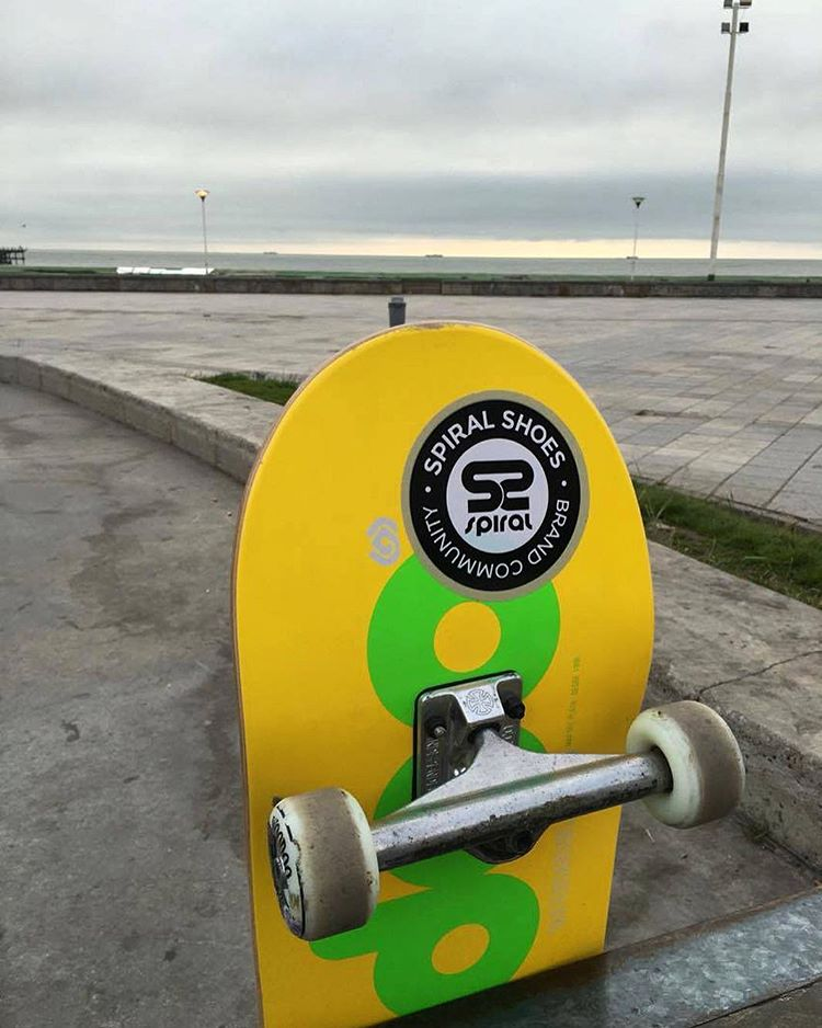 Postales de nuestro amigo @tatumartinez #ComunidadSpiral #SpiralShoes #Skateboarding #Skatelife #Skatespirit #GoSkate