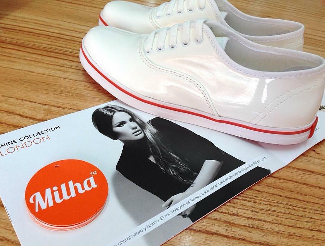 Milha™ style!!!!! Nuestro producto más pedido: Milha™ LONDON White! Made to Enjoy! #london #fashionblogger #fashion #walking_on_Milha
