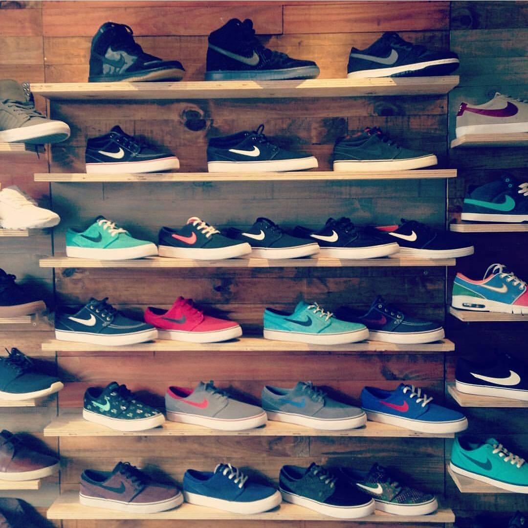 Mas de 20 modelos de #nikejanoski en stock! #avstafe3679 #nikesbjanoski #sneakerheadarg