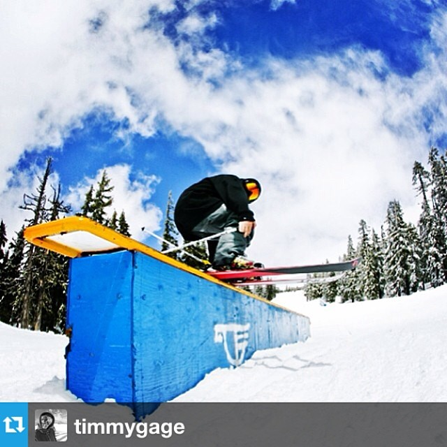 #Repost from @timmygage getting dirty in his new #scandals --- Day 2 @westcoastsession was a success! Such an epic crew involved in the event this year! #wcs8 @4frnt_skis @roxaboots @inicooperative