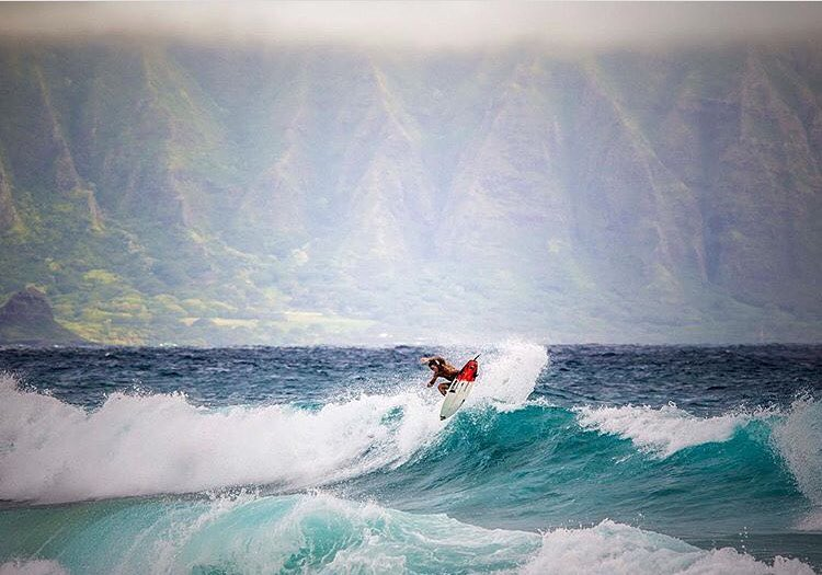 From mauka to makai with Team Rider @kainoahaas | Photo: @instaclamfunk #inspiredboardshorts