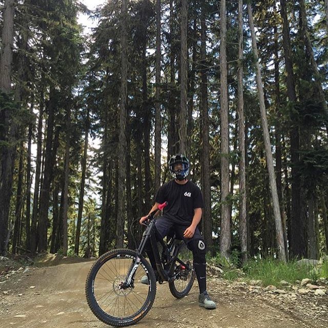 Look out #Whistler.... @tomaslemoine has the big bike out to play! #lapsonlaps #661Protection #SixSixOne #ProtectFun