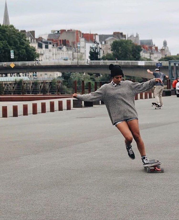 Caribbean shredder @carlajavier.b dancing in Nantes.