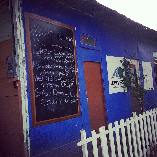 New program schedule posted on the WAVES office in #Lobitos!