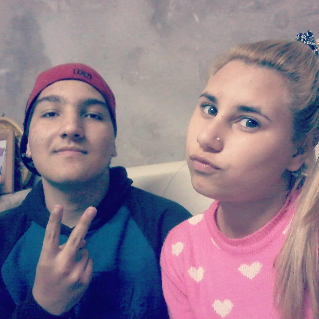 Con Aini