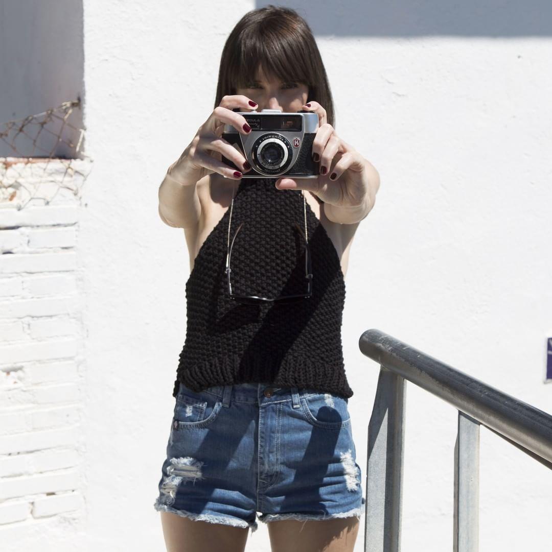 Summer Styles for her feat. @4.needles @socialmonkis #paez #paezshoes #paezfriends paez.com / paez.com.ar