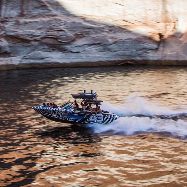 Canyon carver - of the aquatic variety. #LakePowell #Mastercraft2016 #HooniganRacingbyFelipePantone