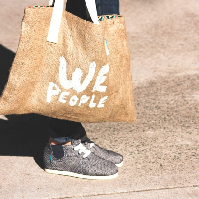 We simply love to be with other people #wepeople. Ya pueden conseguir estas #booties en nuestros stores de Argentina :)