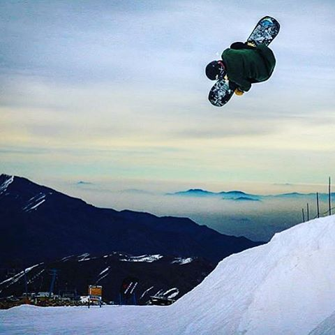#A7Renegade @jah_he enjoying some winter vibes down in Chile yesterday.  #avalon7 #liveactivated #snowboarding www.a-7.co