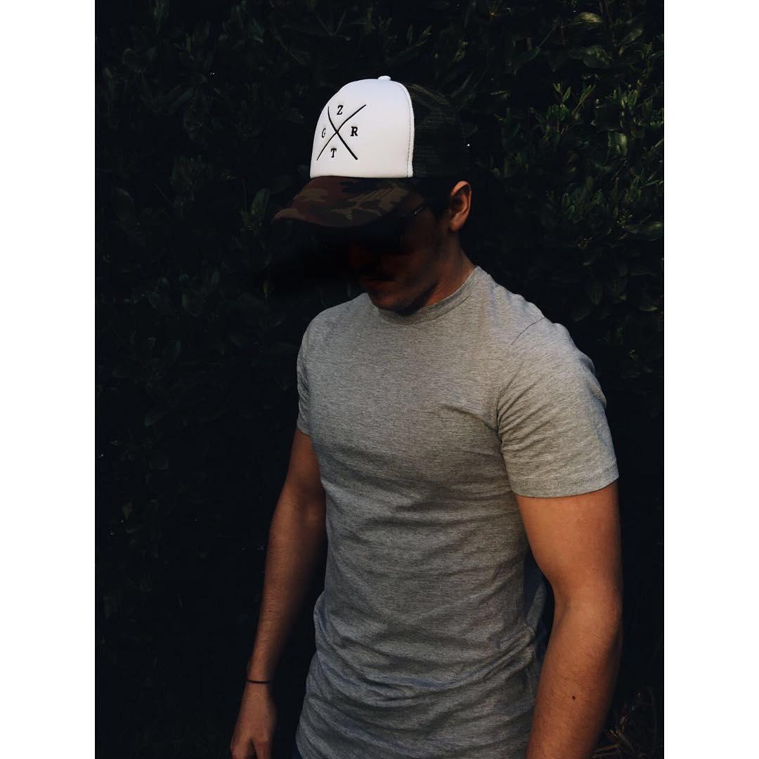 Días de ☀️ Nuevas gorras, disponibles desde el Martes 16 en nuestra página web y todos nuestros puntos de venta autorizados.  WWW.ZIGGURAT.COM.AR