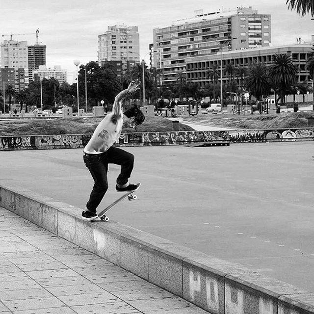 Matias Correa - Uruguay - Blunt. -