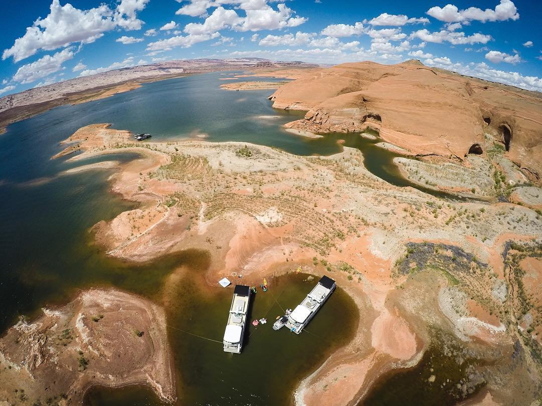 Rad drone view of our perfect little houseboat cove/base camp at #LakePowell, from up high. @GoPro #Hero4 photo. #fly3DR