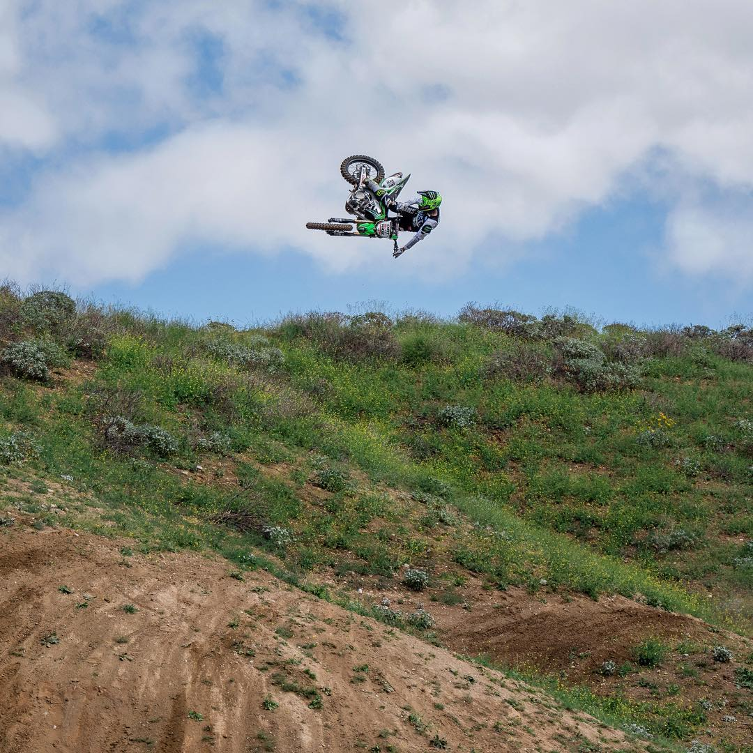 @TwitchThis8 • Santee, Calif. • 34 years old • Six ❌ Games golds • Kawasaki Motorcycles  Click the link on our profile page to check out his #RealMoto edit! (