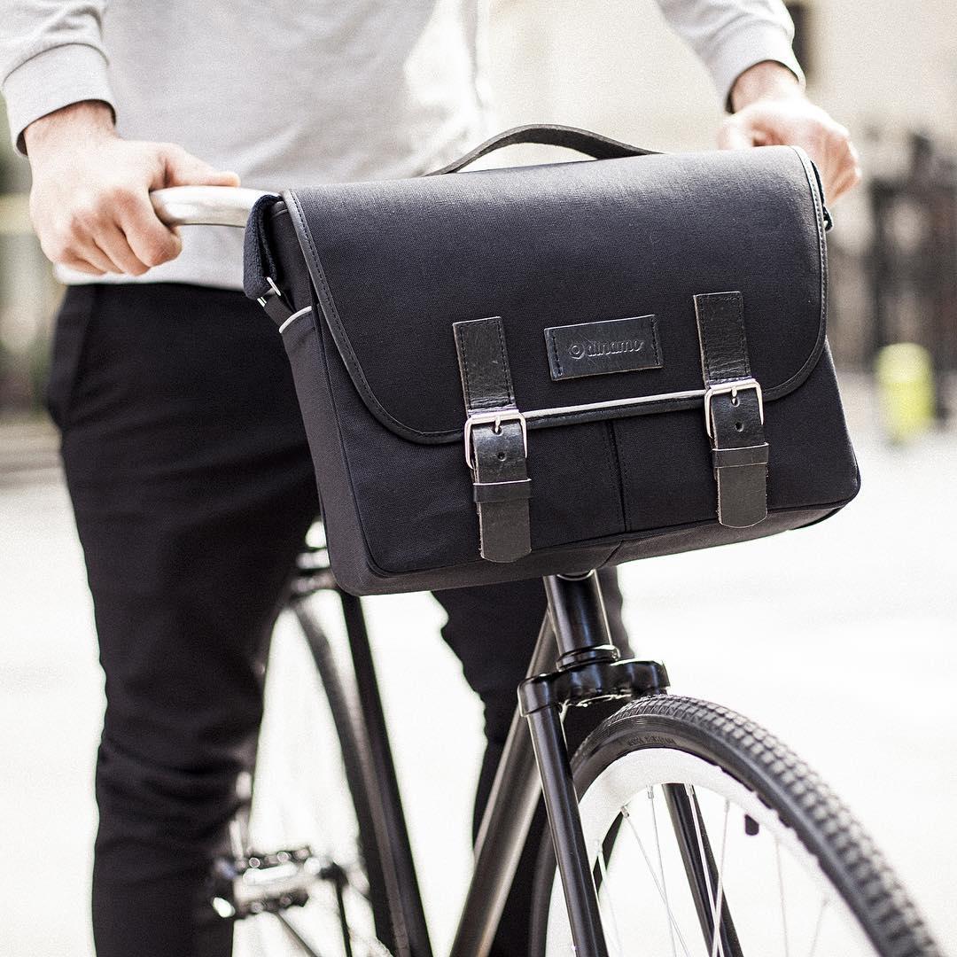Modelo SAN TELMO, Linea CLÁSICOS. Un bolso para vos, un bolso para tu bici. Próximamente en nuevos materiales y combinaciones. #buenosaires #ciclistas #urbanos #bikelife