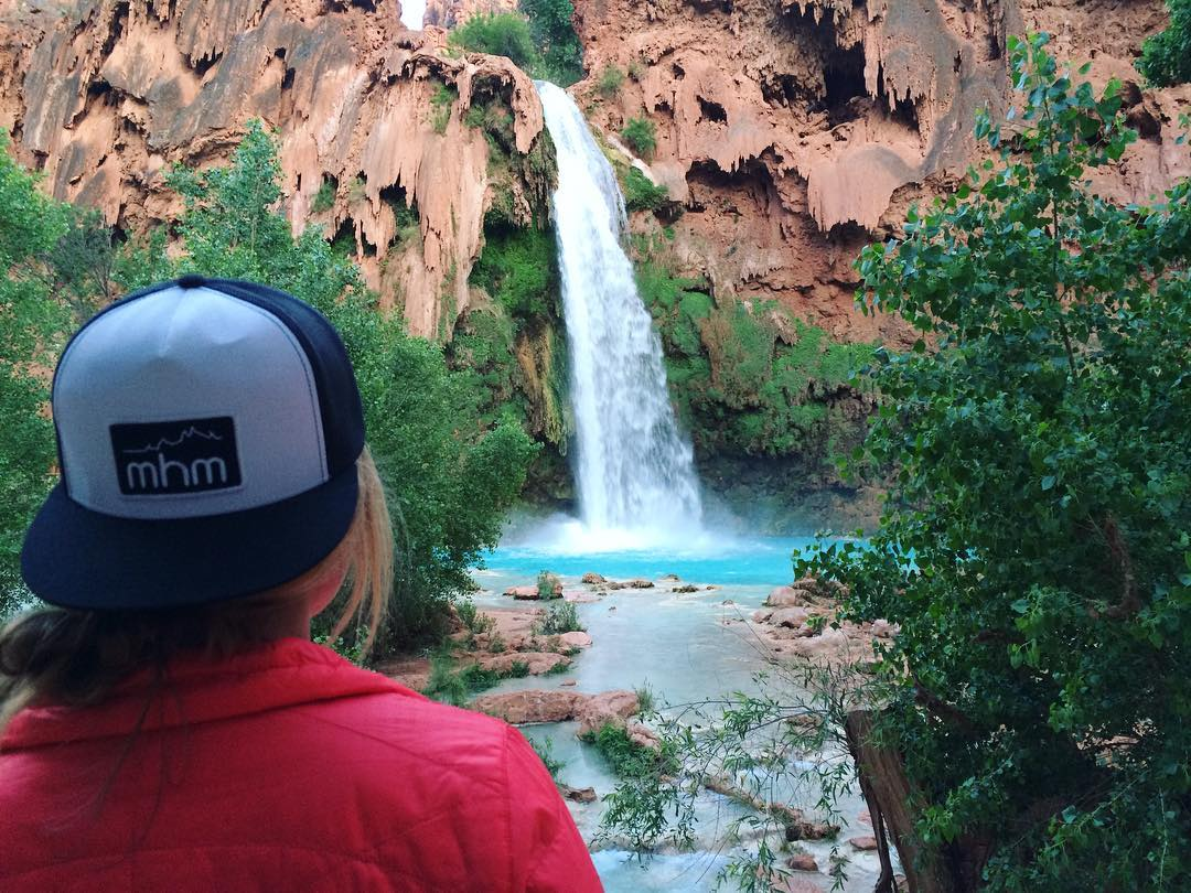 "Whatchu know about Havasupai Falls? Friend of MHM @kbauer824 knows a thing or two. Like, Havasupai means ""people of the blue-green waters"". Betcha didn't know that ya know-it-all. #MHMgear #PacksElevated #HavasupaiFalls"