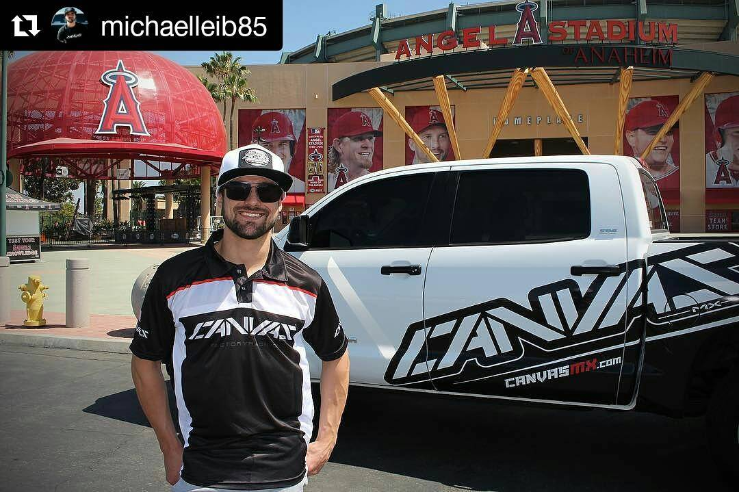 Nuevos servicios para Canvas Mx . #BePro #Repost @michaelleib85 with @repostapp ・・・ Got our new @canvas_mx pit shirts and jackets in last week. Completely custom polo shirts and windbreaker jackets now available online! #CanvasMX #PoweredByRadikal