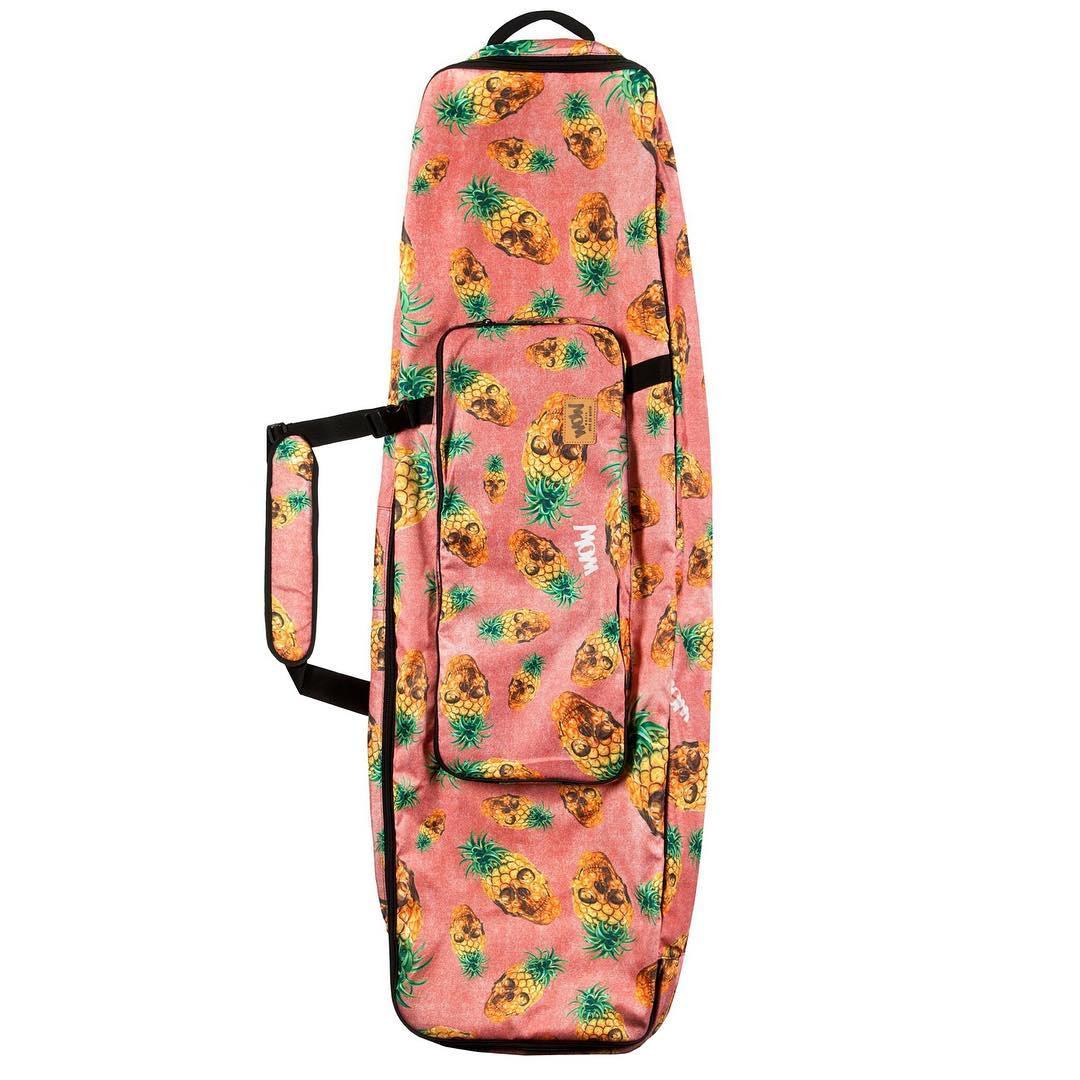¿Te queres ir de viaje y no sabes como llevar tu tabla? Nuestro Boardbag #Anaskul es ideal para que vayas en busca del calor! #waterlovers #lifeiswow