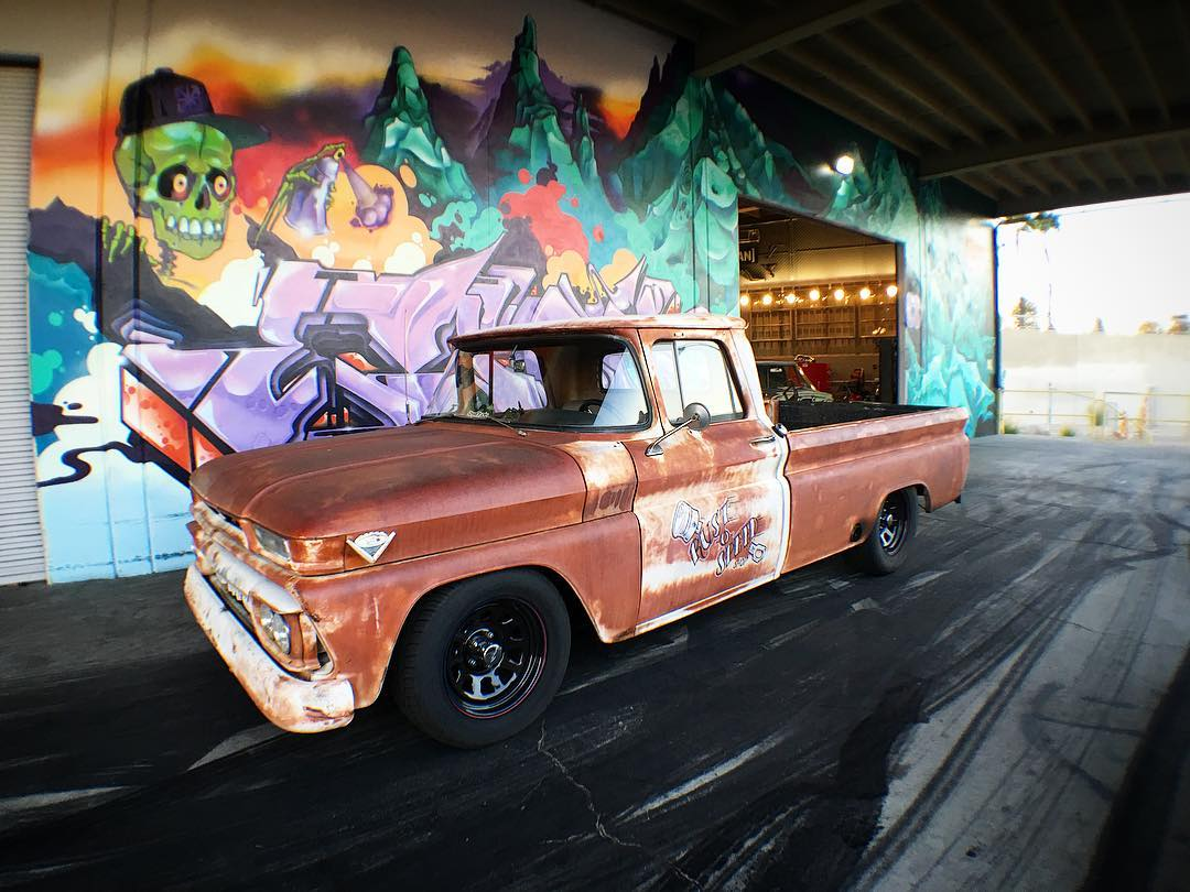 Our buddies from @streettrucks mag stopped by to shoot a feature at the #donutgarage so we snapped a photo of Editor-in-Chief @elsupertejano's '62 GMC. This thing is rad- Built 383 stroker with efi topped off with perfecto patina!
