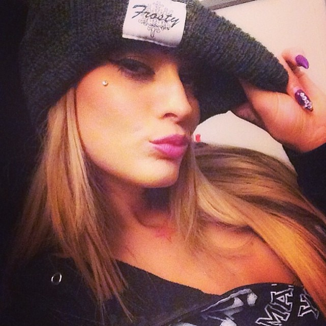 The ever so beautiful @estherhanuka rockin one of our pom pom beanies❄️#frostyheadwear