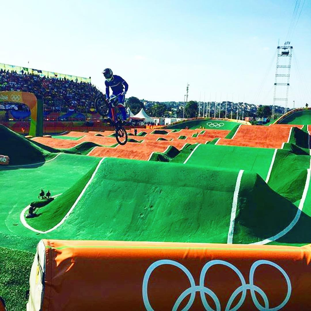 @amidoumir in action at the #rio2016 men's @ucibmxsx seeding run!