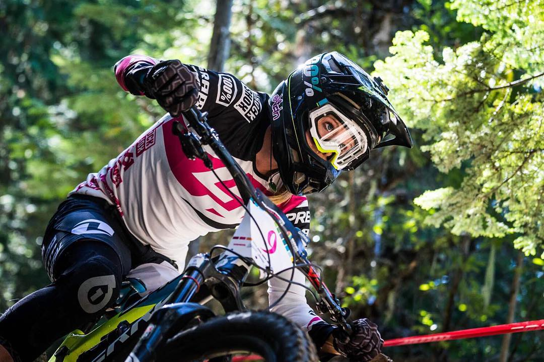 Check out all the action from last weekend as Team Lapierre Gravity Republic  take on the epic Enduro World Series in #Crankworx #Whistler. Rae Morrison full focus attack mode pre a race ending crash on stage 5! We hope you're feeling better Rae! Photo...