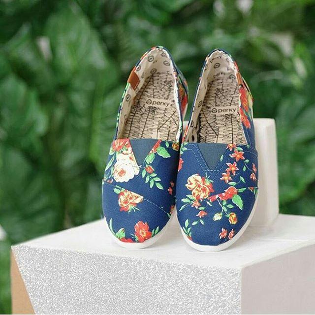 Ya tenes tus perkys? #misperky #perkyshoesar #perkyshoes #alpargatas #summer #verano #flowers