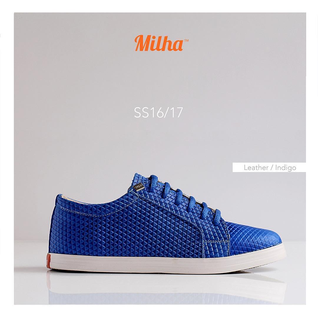 """Milha™ 100% Cuero. El color azul profundo se llama """"Índigo"""". Pronto estará a la venta en el local de GORRITI 4864 (Palermo SOHO). #milha #milhasoho #zapatillas #summer #indigo"""