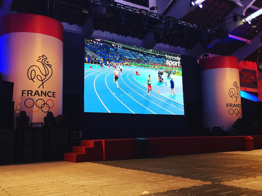 Viendo las finales de atletismo ayer en la casa de Francia #Rio2016 #Olympics