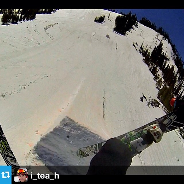 #Repost from @i_tea_h with his #freesoul10's. SENDING! --- Rodeo 5 screaming seaman at Lost Trail with @trimmingsmt #revisionskis #monsterarmy #rockdiscrete #charpoles #fivefingergrab