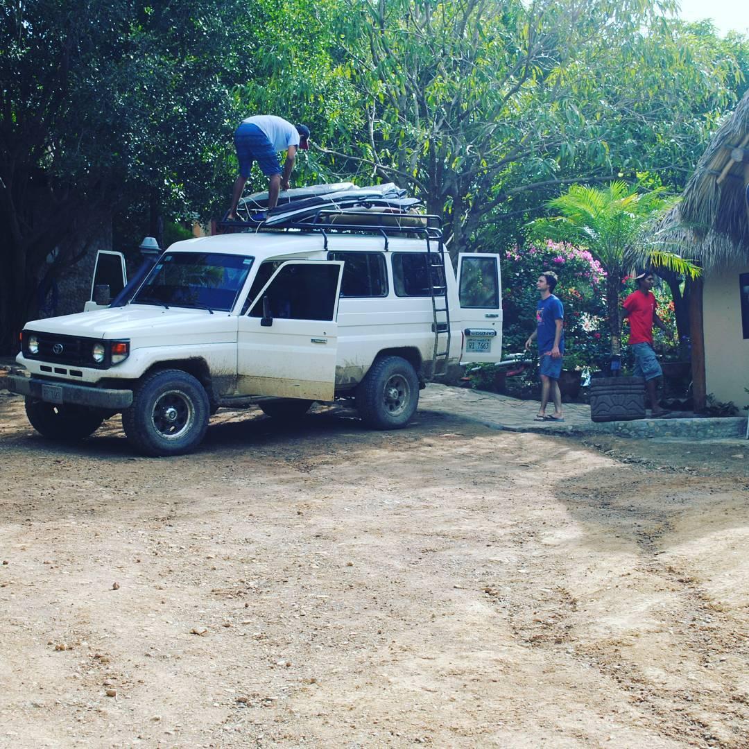Vamos en busca de una nueva ola. Nos vamos de surftrip a Playa Colorado. #maetuanis #surf #surfing #surftrip #Nicaragua #centralamerica #puravida #playacolorado #followthesun