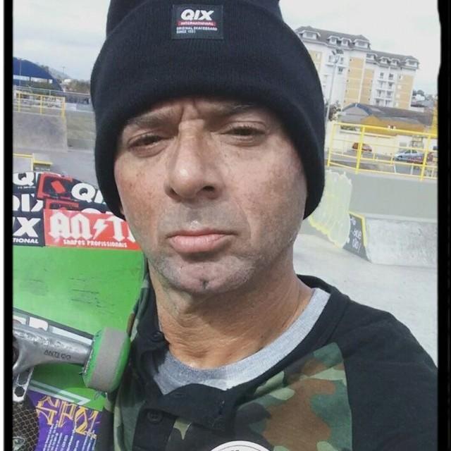 """Na sessão com @marcoscunharibeiro """"ET"""". QIX.COM.BR #qix #qixskate #skateboardminhavida"""