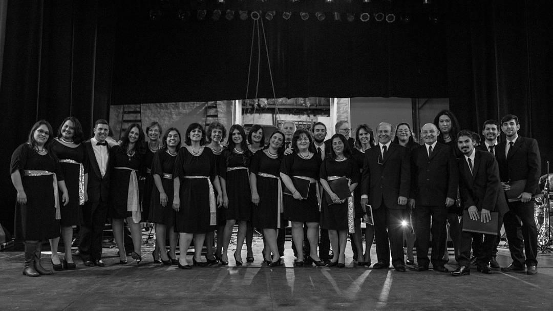 Esta noche en Paraná, Ars Nova junto a @mpvolar en música para volar, tributo sinfonico a cerati!