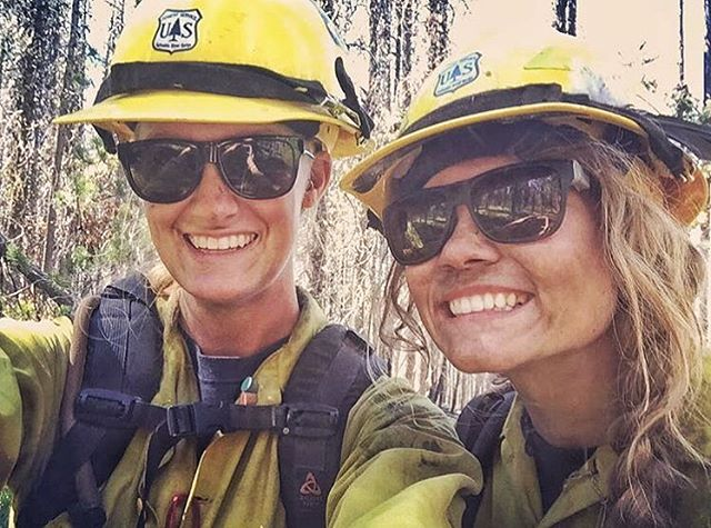 Wow, talk about playing hard and giving back!! #PHGB ambassador @meaghann_gaffney enjoys skiing in the winter and fighting fires in the summer!! Thanks to all the firefighter men and women out there keeping it under control!! @u.s.forestservice...