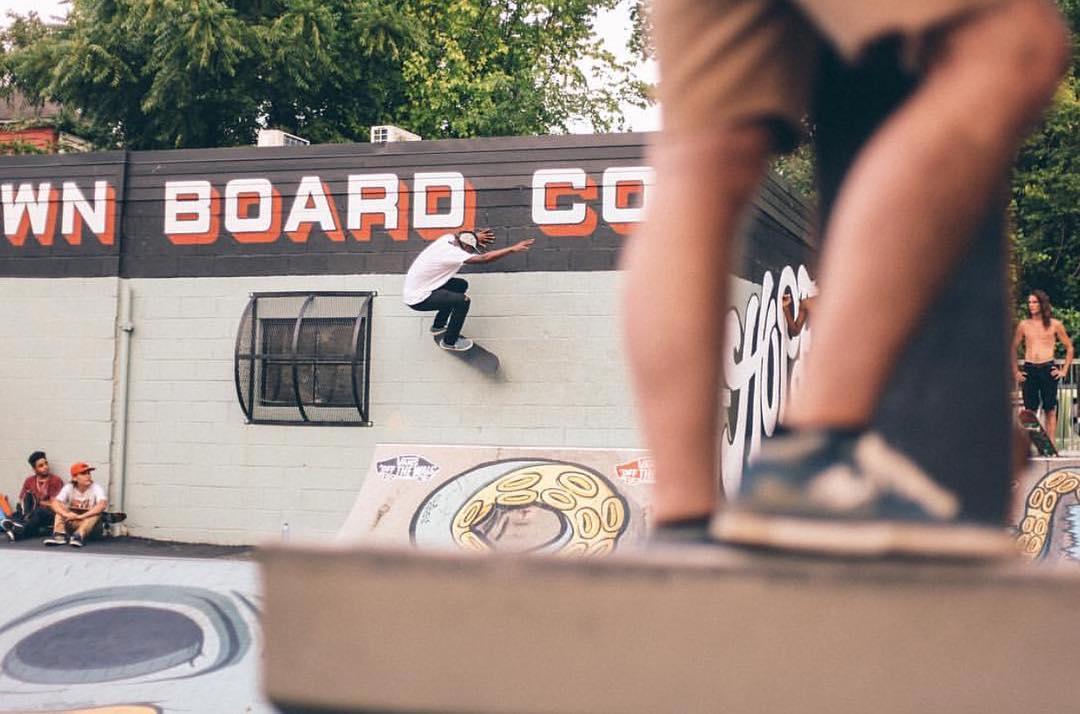 Come skate.