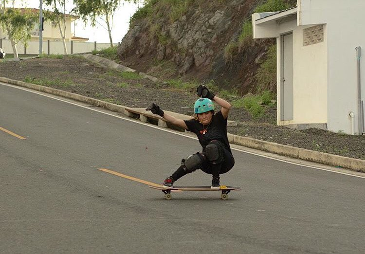 Happiest of bdays to our @longboardgirlscrewpanama Ambassador @gracevargas25! She works super hard to bring together the Panamanian community and we couldn't be prouder to have her in the family. Felicidades Grace, te queremos! ❤️