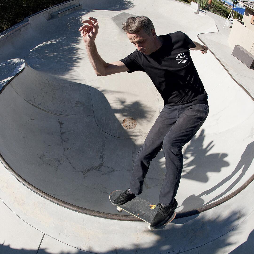 Welcome to Thursday. @tonyhawk making the most of it. #WasteNoTime