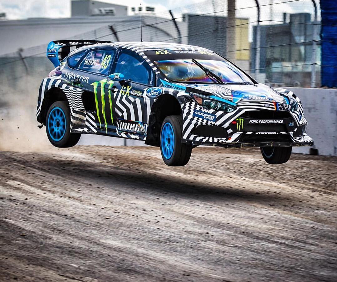 HHIC @kblock43 flat out, over crest! #hoonigan #focusrs