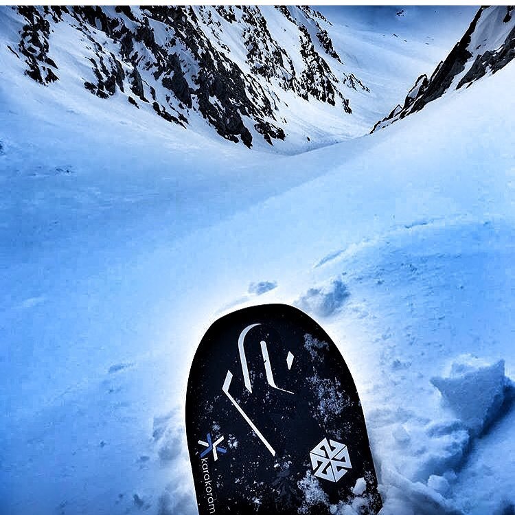 @tetonsplitboarder sent us this #justthetip shot from New Zealand today.  #jealous #winteriscoming #avalon7 #liveactivated #snowboarding www.a-7.co